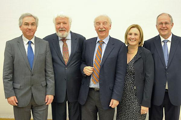 Preistraeger Mit Praesidenten Traegerorganisationen Deutscher Psychologie Preis 2011
